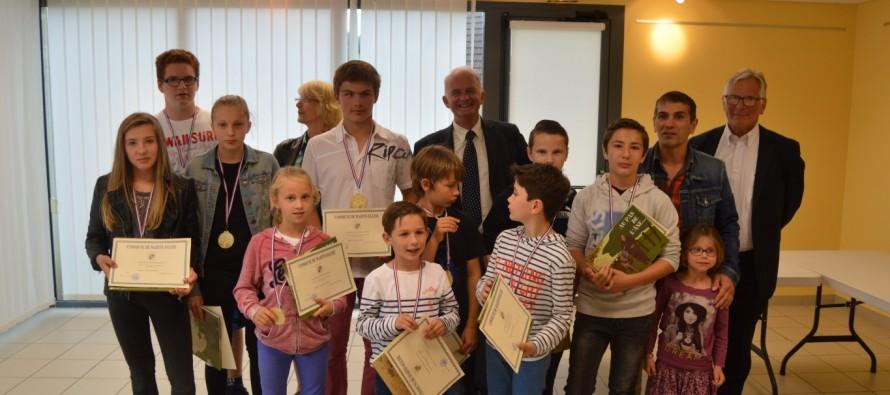 Récompense des jeunes sportifs du club de judo