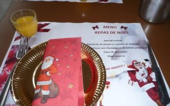 Repas de Noël festif à l'école maternelle Les farfadets
